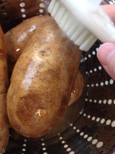 Slow-Cooker-Baked-Potato-Bar.jpg