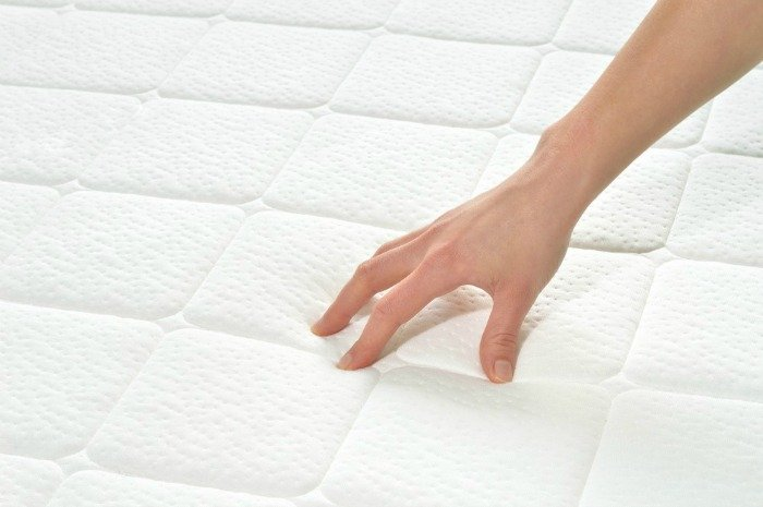 how to remove urine stains from a mattress