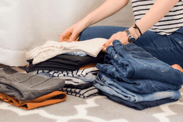 decluttering clothes