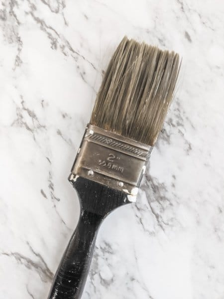 paint brush after cleaning with vinegar