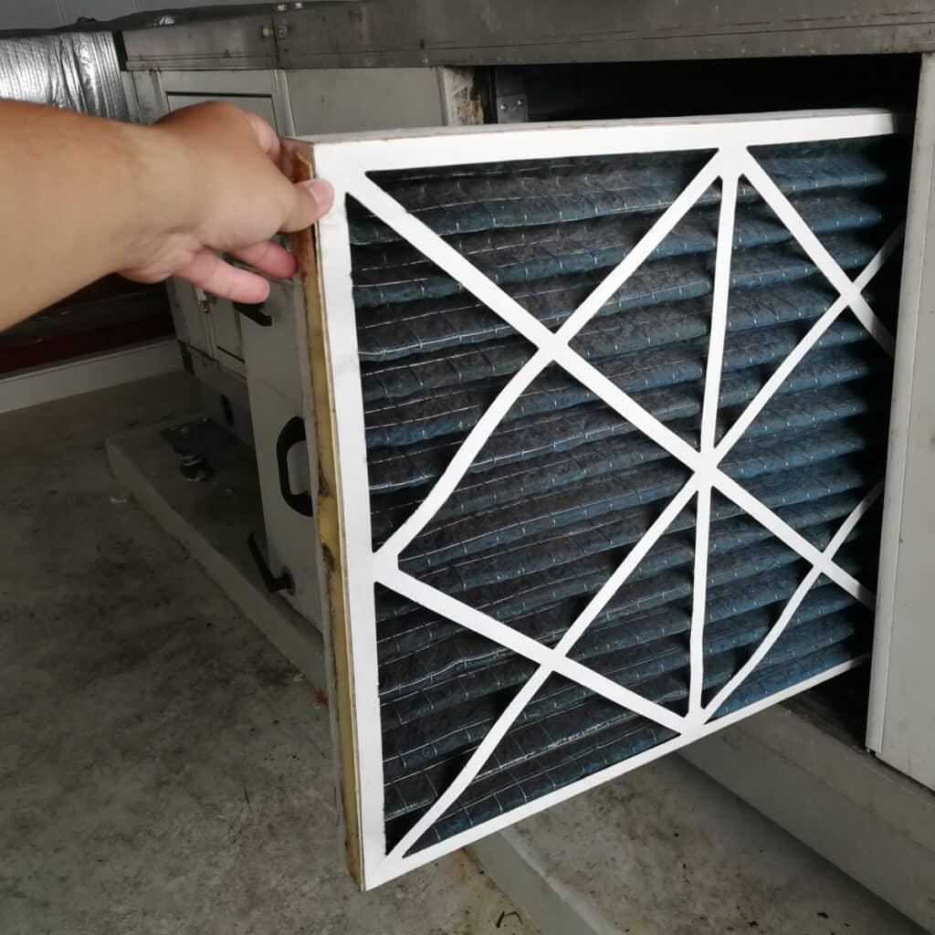 changing a furnance filter